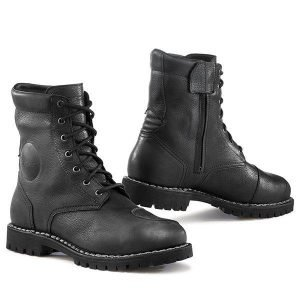 TCX Hero Waterproof Boots - Black colour