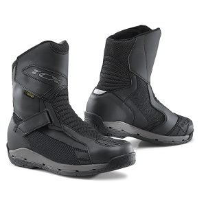 TCX Airwire Surround GTX Boots - Black colour