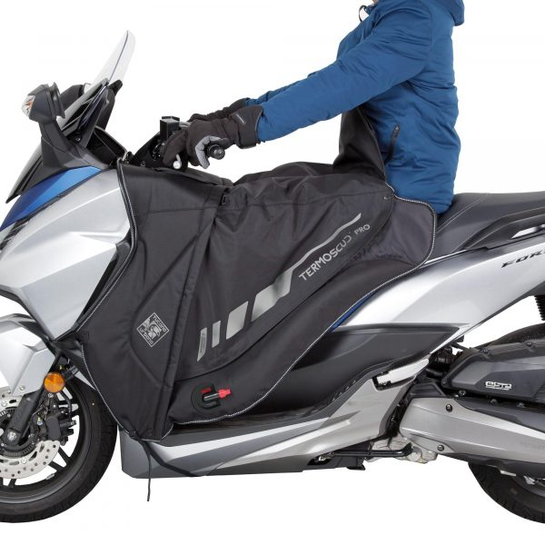 Tucano Urbano Leg Cover Termoscud® Pro Black for Honda - with rider