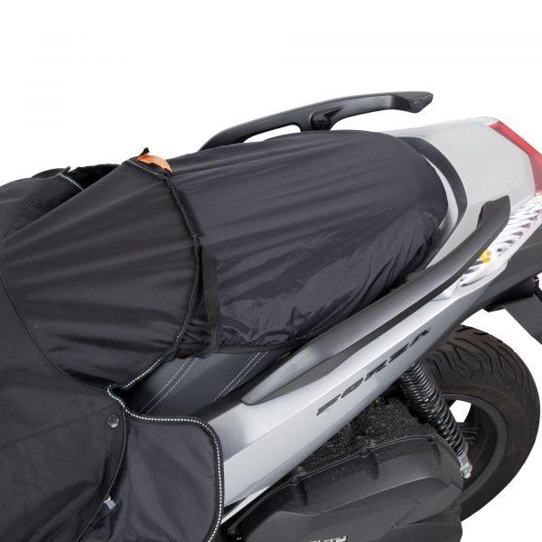 Tucano Urbano Leg Cover Termoscud® Pro Black for Honda - seat